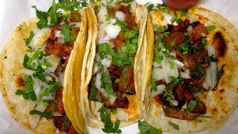 Como Hacer Tacos Al Pastor.